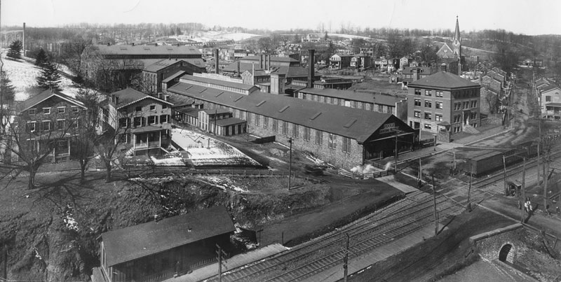 Aerial photo of Poole & Hunt Foundry complex, c. 1934?.